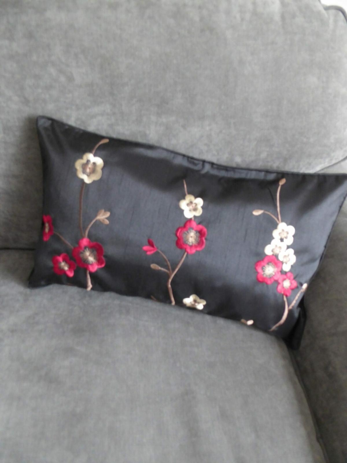 Saskia Cushion Cover at Henley Circle Online Shop